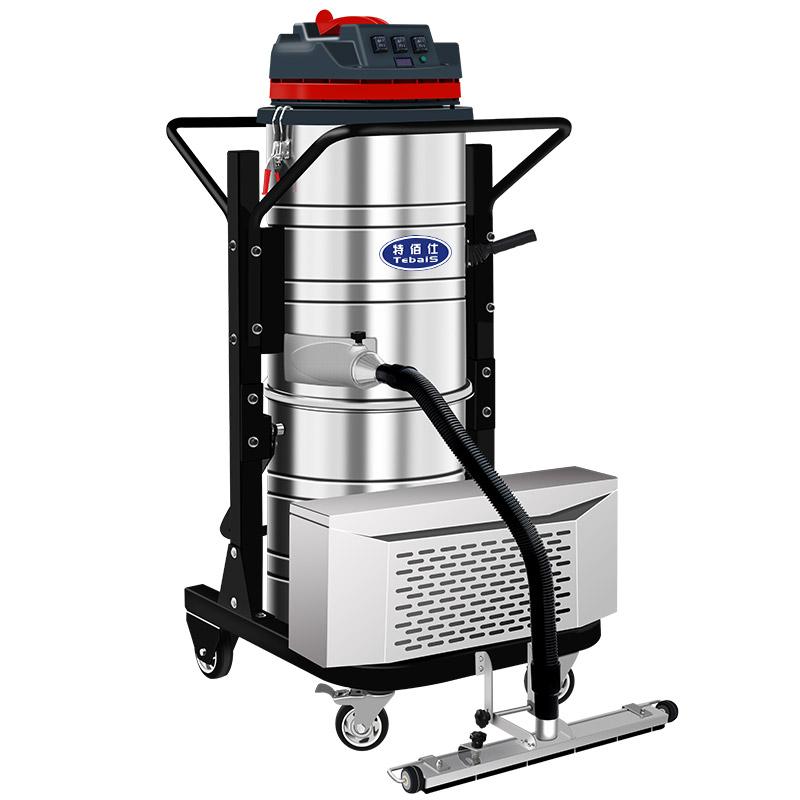 TC-1550P电瓶式工业吸尘器没有电源线限制,清理范围广,效率高。