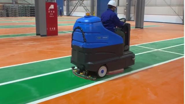 冬季洗地机使用注意事项