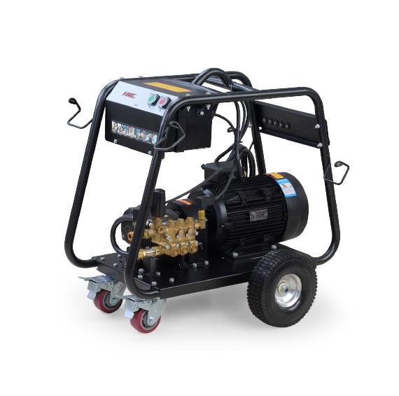 TG-E275高压清洗机适用于有电源供应的室内外地面清洗,操作简单,使用方便,清洗效率高。