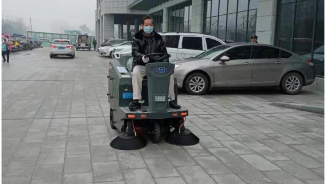 TBS-1300驾驶式扫地车服务仙桃新建妇幼保健院