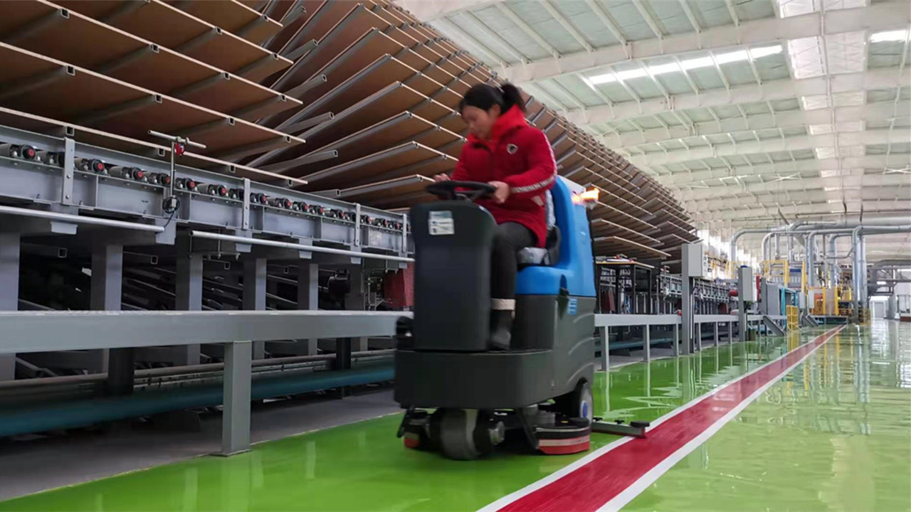 这些工厂都在用全自动洗地机