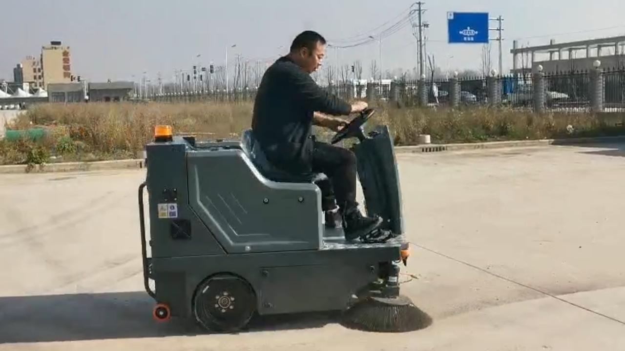 哪个品牌的电动扫地车好用又环保?
