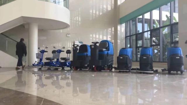 医院适合用手推式洗地机吗?