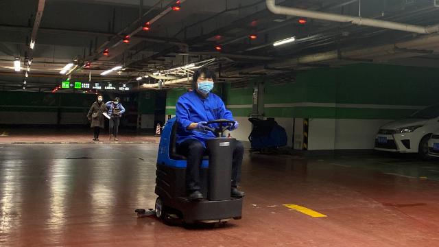 容恩R-XBEN驾驶式洗地机操作指南