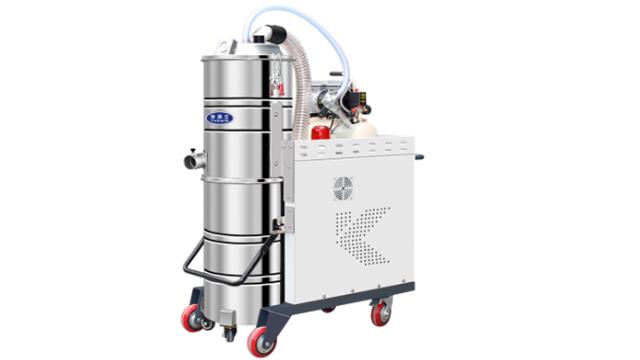 使用工业吸尘器的三大优势