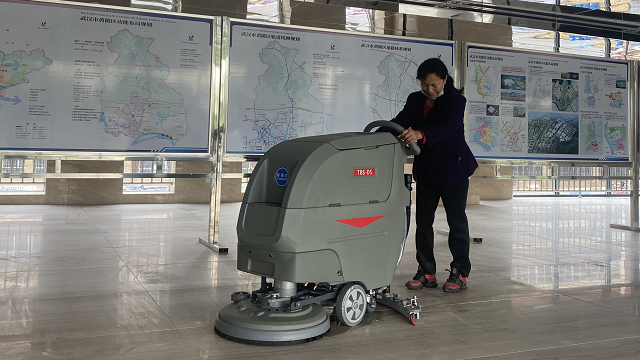 地铁站日常清洁专用洗地机