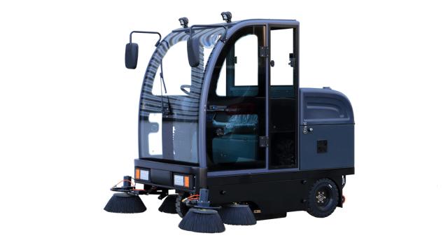 手推式扫地机│电动驾驶式扫地机│无人驾驶扫地机有何不同