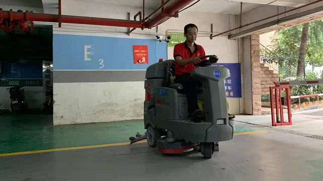 锦绣龙城地下车库专用特佰仕驾驶式洗地车
