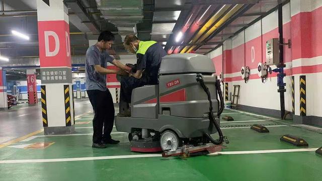 电动洗地机选什么吸水电机不易坏
